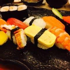 Set sushi thập cẩm  của Tô Bún tại Tokyo Deli - Võ Văn Tần - 1099006