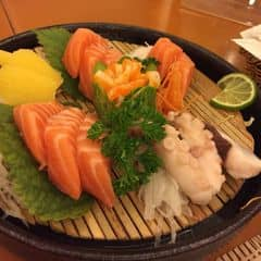Shashimi tổng hợp của Hoai ThuongCao tại Tokyo Deli - Võ Văn Tần - 322145