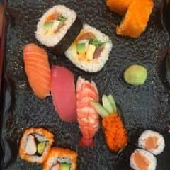 Sushi của Vy Huỳnh tại Tokyo Deli - Điện Biên Phủ - 234216
