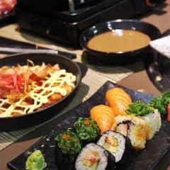 Mặc dù đi ăn đồ nướng lẩu nhưng vẫn mê ăn sushi ở đây lắm lắmmmmm😋😋Order thì mới làm nên tươi ngon sạch sẽ lắmm