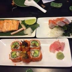 Sushi và Sashimi của Phuong Tracy tại The Sushi Bar - Zen Plaza - 1782105