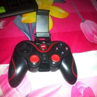 Tay chơi game cho điện thoại của nhutnhut7 tại Hậu Giang - 2137422
