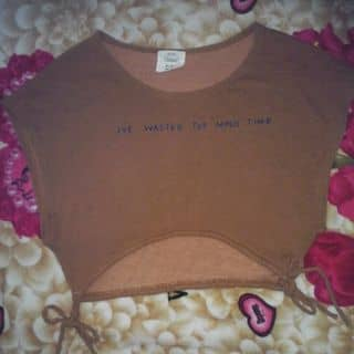 Thanh lý áo croptop khoét nách của diiphuong4 tại 625 Kha Vạn Cân, Quận Thủ Đức, Hồ Chí Minh - 3670523
