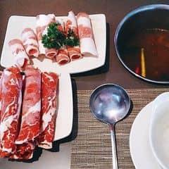 Ăn trưa ở #kichikichi được tặng thêm 2 dĩa thịt bò. Ăn xong vẫn thèm thịt bò tiếp .  #happykichi