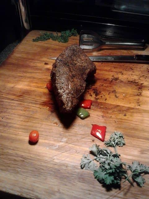 Thịt bò bít tết - 161388 doanmyvanly2701 - Nhà Hàng Buffet Hoàng Yến - Bitexco - 2 Hải Triều, Quận 1, Hồ Chí Minh