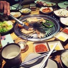 Thịt Thịt Thịt :)) của Trần BảoNgọc tại Gogi house - Nguyễn Thái Học - 2037176