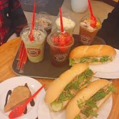Trà vải, trà dưa hấu, matcha, bánh mỳ của Celano Quỳnhh tại Highlands Coffee - Hoàng Đạo Thúy - 2342994