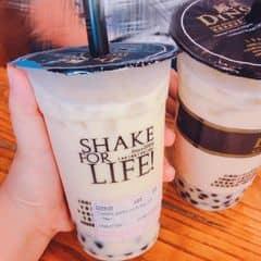 Trà xanh sữa vào hôm mát trời🌤. 1 tháng nay r ms đc uống lại vị trà xanh sữa của Dingtea nhớ lắm cơ😄😝. Có ai mê trà sữa của Dingtea k?? Uống đi các cậu❤️👍🏻