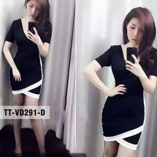 Váy body đen viền trắng của kocnice tại Quảng Bình - 2938856