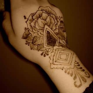 Vẽ Henna Tattoo  của thaianh1508 tại Lai Châu - 2500177