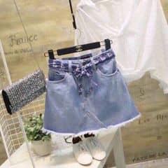Quần váy jeans Ver.4 👍🏻👍🏻👍🏻 Form + chất jean bên nhà PaLi các nàng quá tin tưởng nên không cần phải pr thêm nữa phải ko ạ 😉😉 Chỉ cần bận thôi xinh đẹp cứ để đồ đẹp của PaLi lo ạ 🙆🏻Hè này ngoài những mẫu quần bụi bặm hãy thử những mẫu váy quần xinh xắn nhé một nét đẹp một phong thái riêng 🙆🏻 Màu: trung - đậm  Size: S M L  Giá : 170k