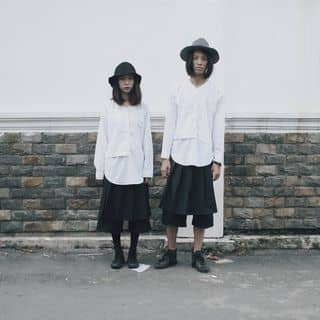 White Splited Shirts của mundumy tại 250 Lý Chính Thắng, phường 9, Quận 3, Hồ Chí Minh - 2065228