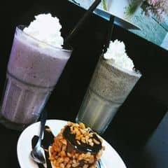Yagurt việt quốc + Cookie của TiiTigơ tại Urban Station Coffee Takeaway -  Hàm Nghi - 1750954